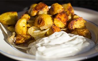 Foto Bratkartoffeln mit Quark